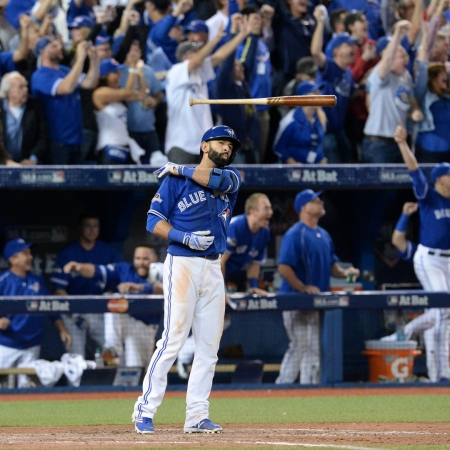 Jose Bautista's Bat Flip - Tom Szczerbowski (Getty Images)