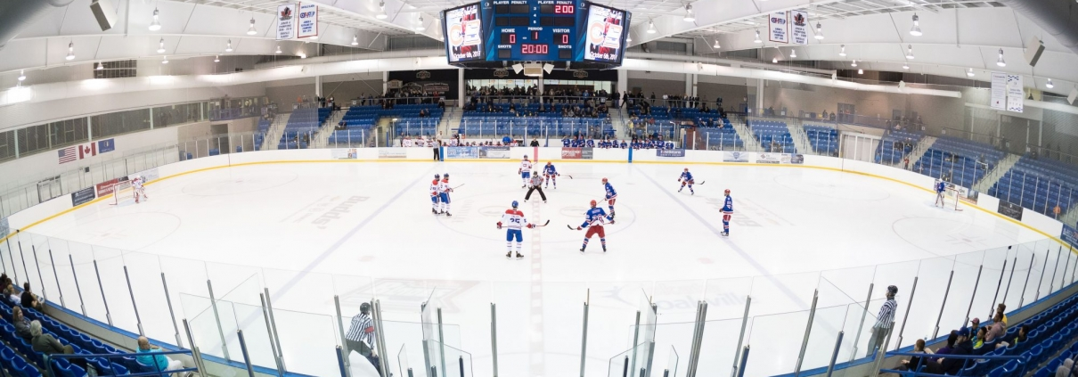Ontario Junior Hockey League game between the Oakville Blades and the Toronto Jr. Canadiens