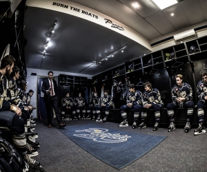 TORONTO, ON - OCT. 15, 2017: John Dean, Head Coach of the Toronto Patriots, speaks to his players before they take the ice.