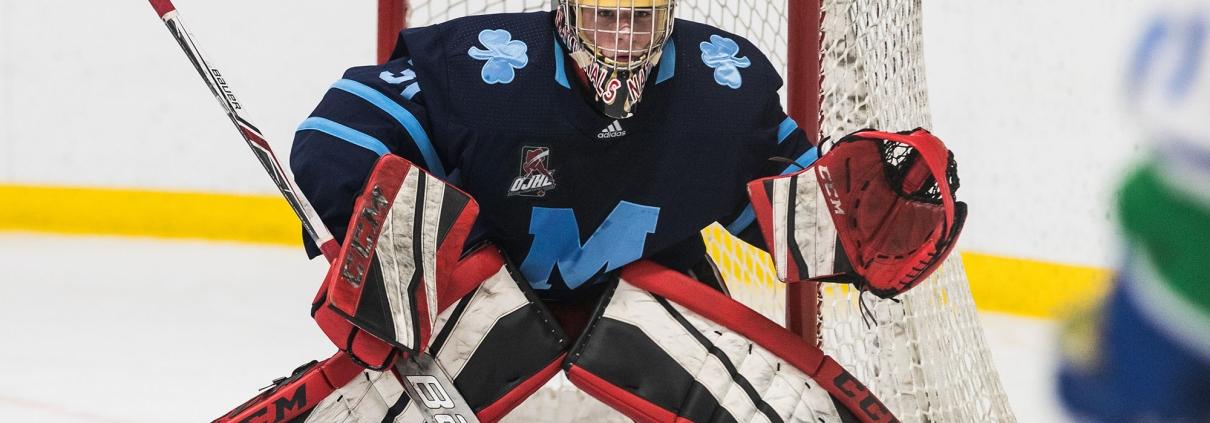 Sports Photography – OJHL (Ontario Junior Hockey League) Men's Hockey, St. Michael's Buzzers vs. Burlington Cougars in Burlington, Ontario, Canada at Appleby Ice Centre