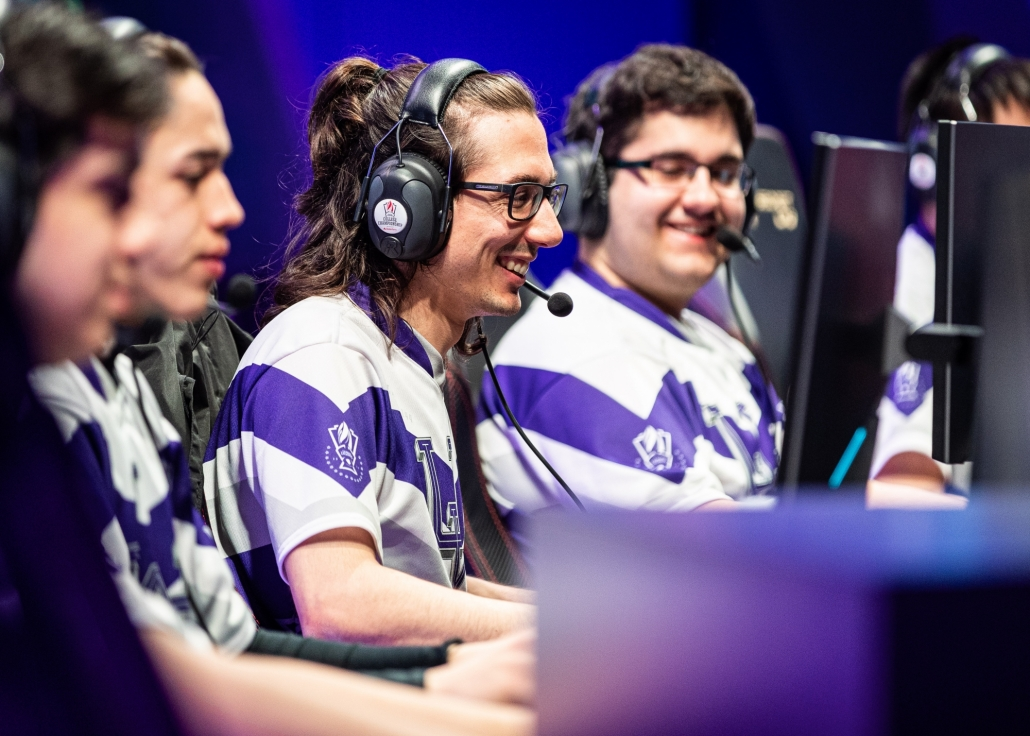 LOS ANGELES - MAY 25, 2019: The trophy sits centre stage during a semi-final match at the 2019 College League of Legends Championship.