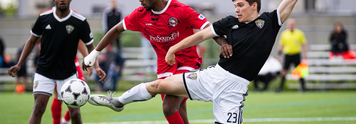 Sports Photography – League1 Ontario Regular Season, Men's Soccer, Durham United FA vs. North Mississauga SC in Mississauga, Ontario, Canada at Paramount Fine Foods Outdoor Turf Field