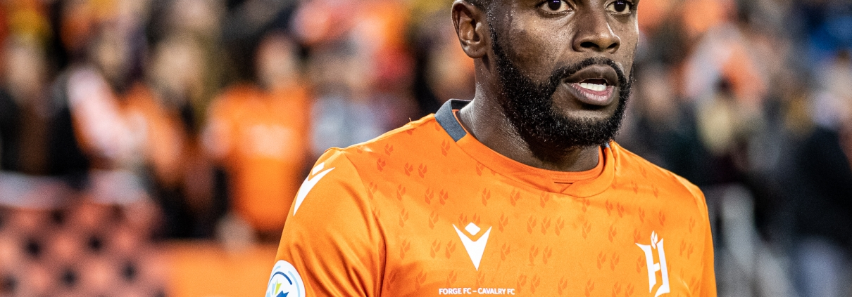 Sports Photography – Canadian Premier League Finals, First Leg, Men's Soccer, Cavalry FC and Forge FC in Hamilton, Ontario, Canada at Tim Hortons Field